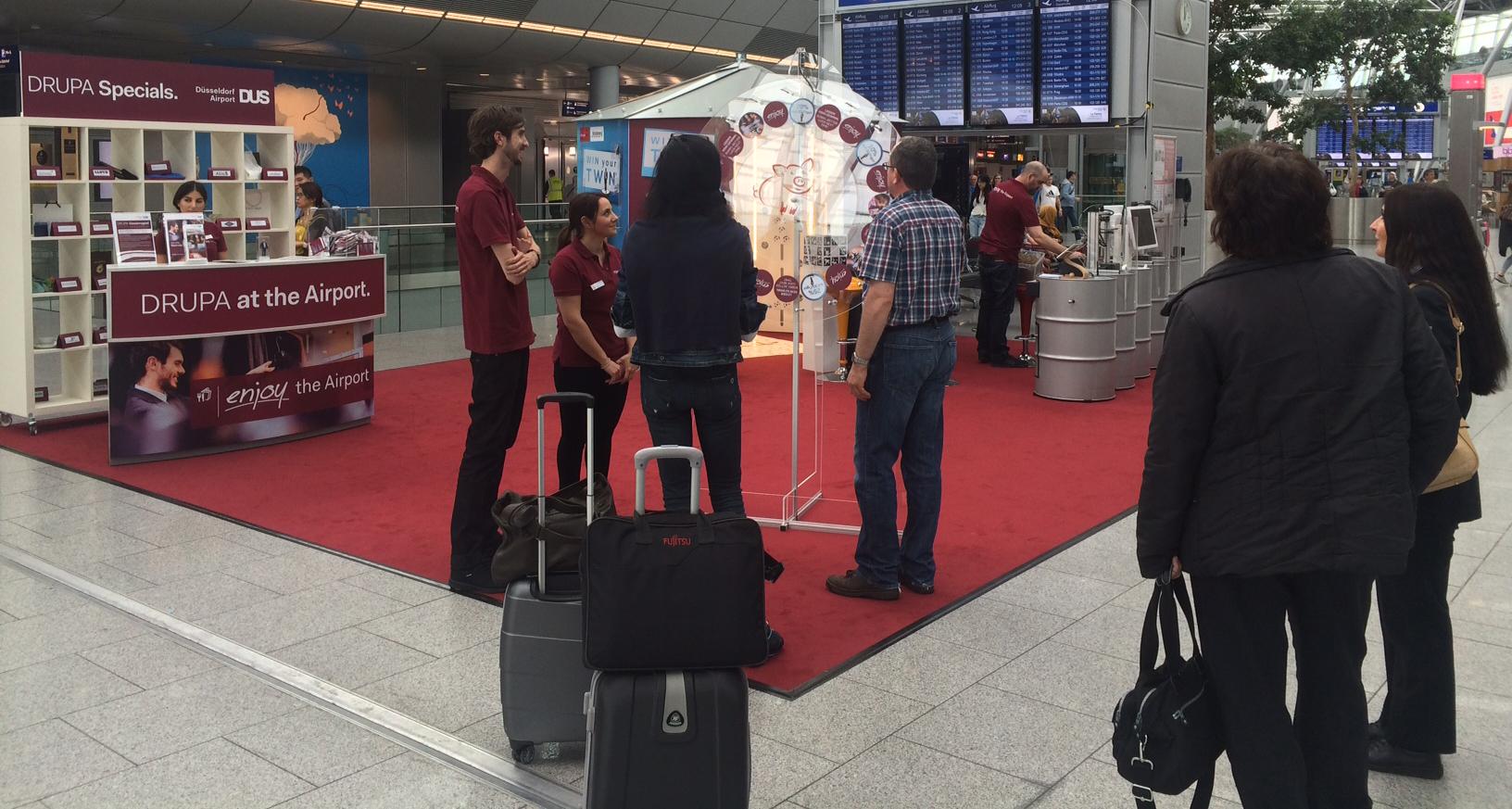 Der 3D-Body-Scanner im Einsatz für die Drupa am Düsseldorfer Flughafen
